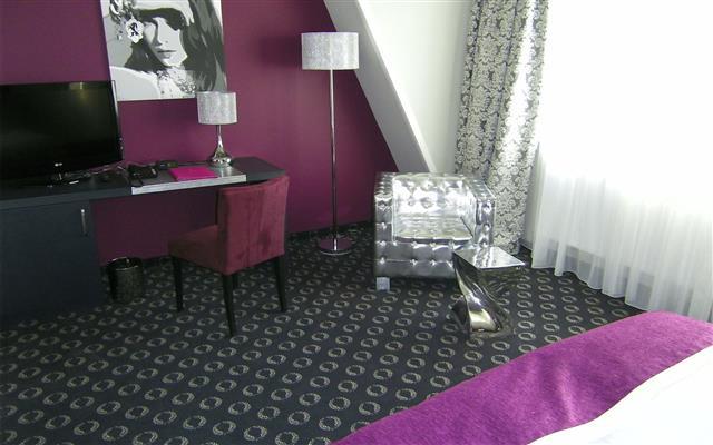 Hotel-Villa-Carlton-2011-006