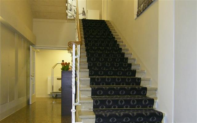 Hotel-Villa-Carlton-2011-019